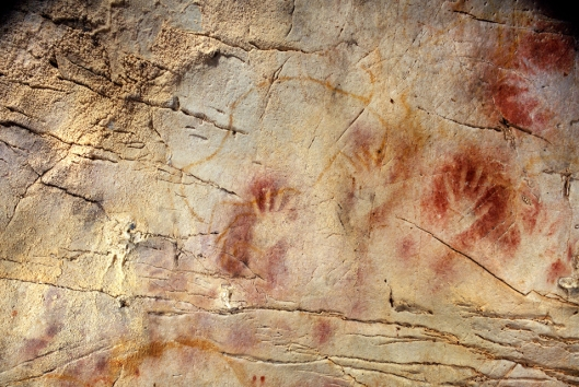 Art by an anonymous Stone Age artist in a cave in Spain {{PD}}