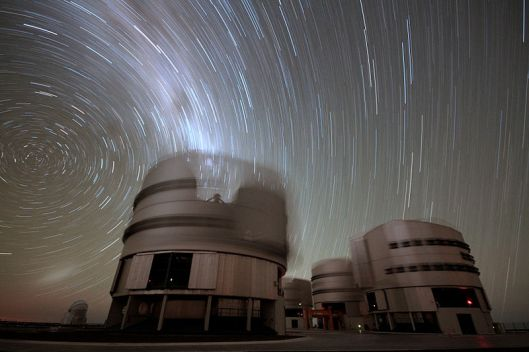 A 45-minute exposure at the 2600 metre high Cerro Paranal, home of ESO's Very Large Telescope (VLT) array.  By Gianluca Lombardi/ ESO, released under Creative Commons Attribution 3.0 Unported