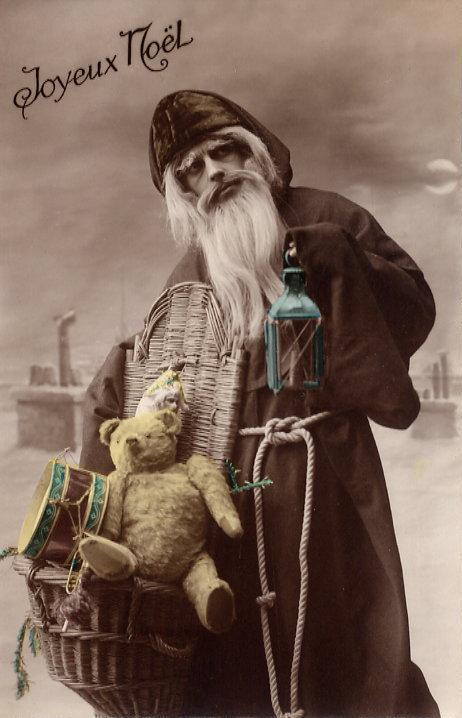 Apparently this is a Christmas card from 1910--but it certainly looks like a hipster
