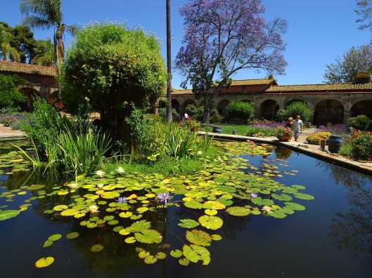 Thanks to Jon Sullivan for contributing this image of San Juan Capistrano to the public domain.