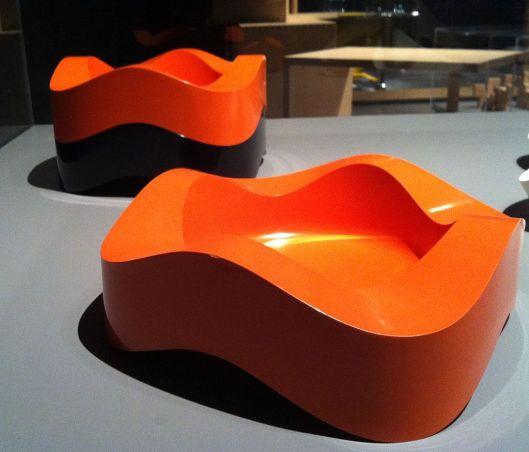"Best ashtrays ever. ""Sinus"" melamine ashtray. Systems design- The Ulm school. Exhibit at Disseny Hub Barcelona- DHUB HFG Walter Zeischegg- Ashtray- 1967 Photo by Kippelboy Creative Commons Attribution-Share Alike 3.0 Unported"