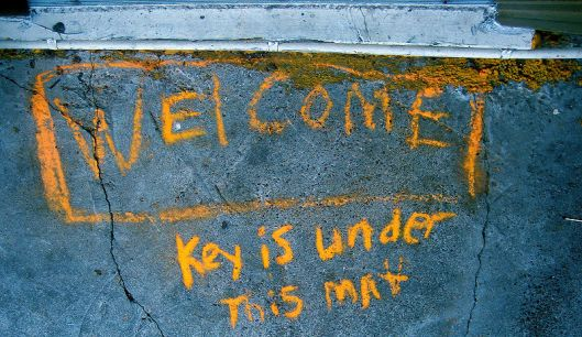 800px-Welcome_mat