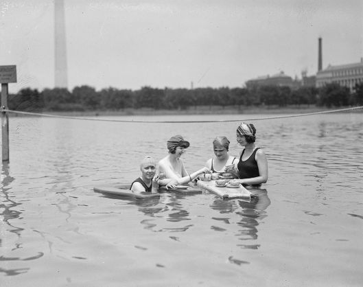 Four unidentified women in swimwear in the Potomac Tidal Basin, Washington, D.C., 1922 {{PD}} Library of Congress